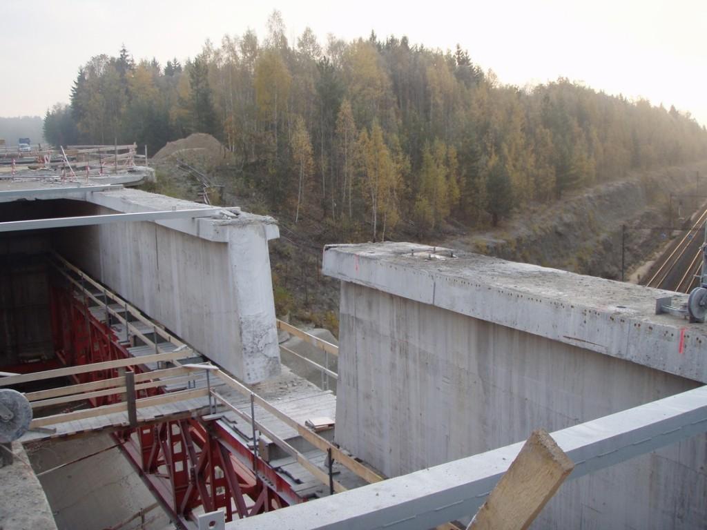 Vyřezaný nosník mostu