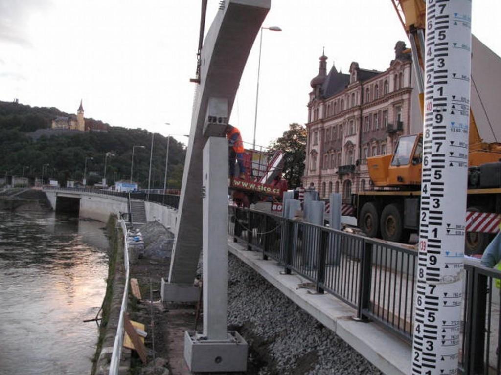 Ukotvení železobetonových prvků lávky pro pěší - Ústí nad Labem